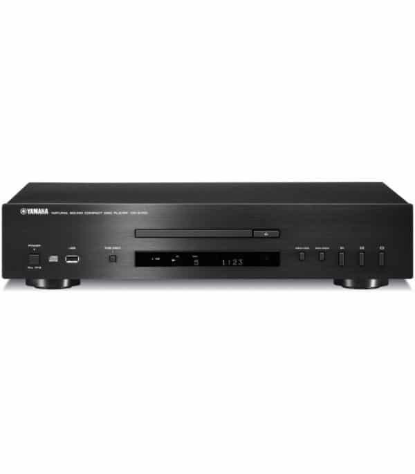 Yamaha CD-S700 è un lettore cd nero