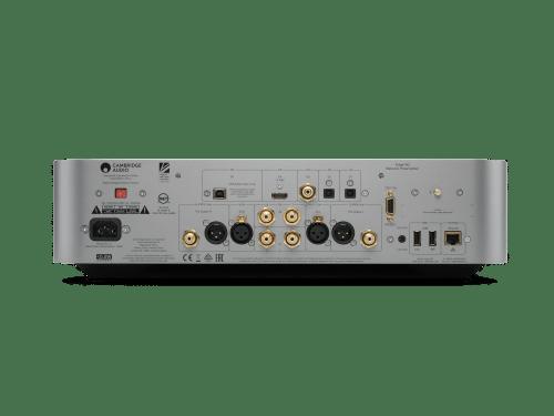 Cambridge Audio Edge NQ è un preamplificatore e media player silver vista posteriore