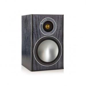 Monitor Audio Bronze 1 è un diffusore da stand nero aperto